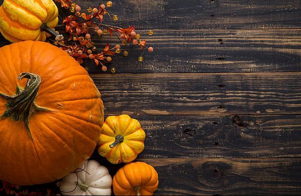 fall-pumpkin-holiday-background-picture-id610046864.jpg